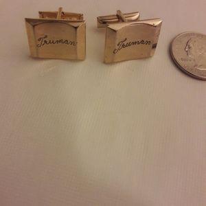 Rare vintage Truman cufflunks